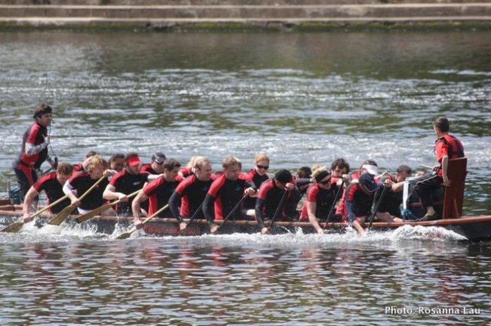 "London's medal-winning ""Thames Dragons"" dragon boating team"